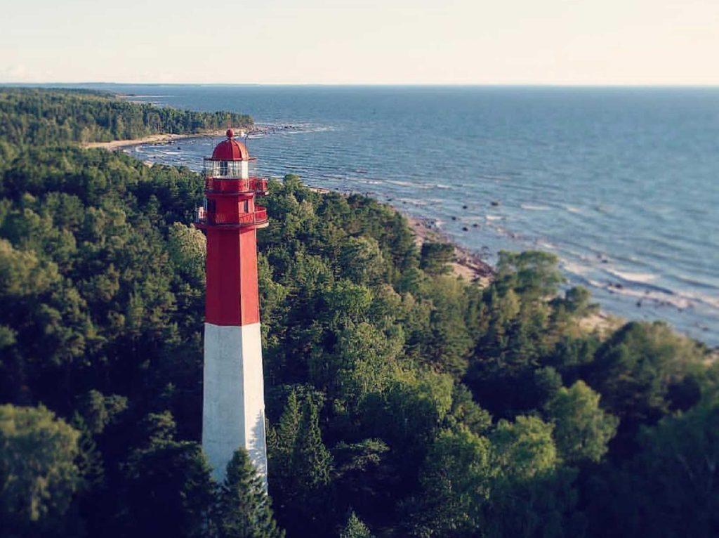 ©Sunlines. Lighthouse on Naissaare Island