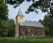 ©Sunlines. Naissaare kirik