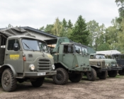 ©Sunlines. Naissaare militaarsõidukid